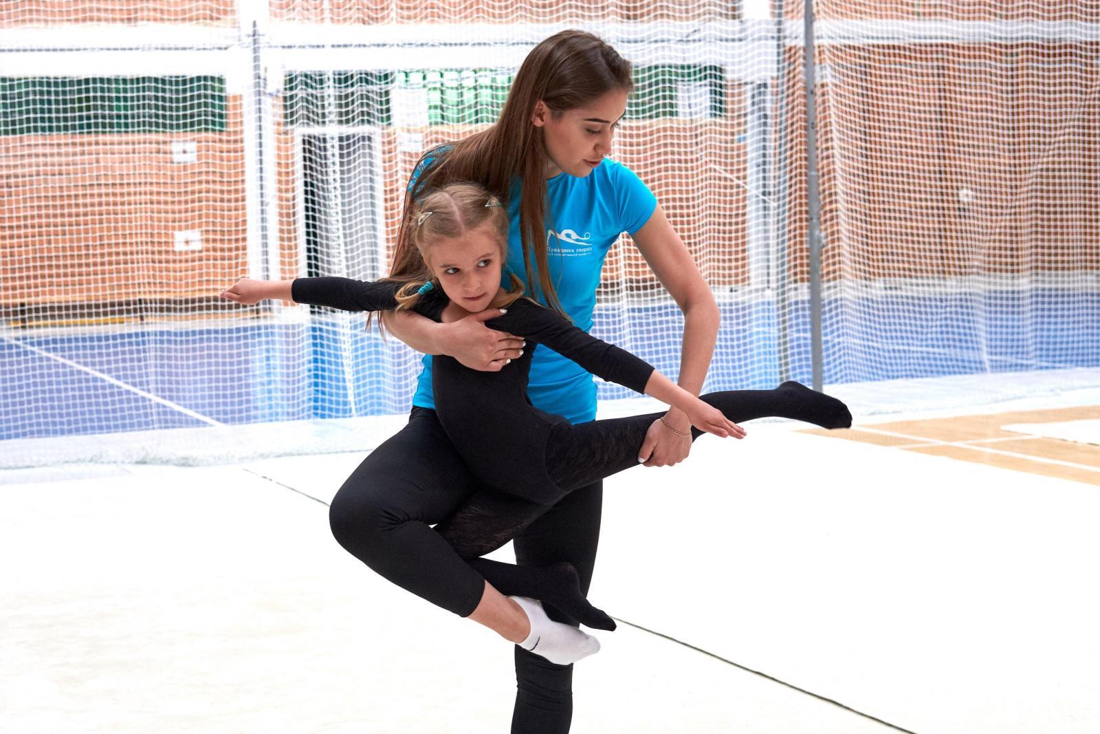 Спортсменки художественной гимнастики голые на тренировке 3